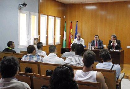 Internos de la prisión Sevilla I visitan las instalaciones de la UPO