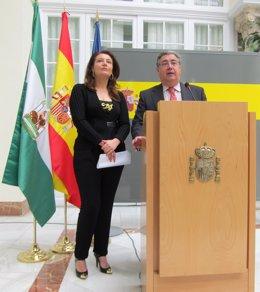 Carmen Crespo y Juan Ignacio Zoido, en rueda de prensa