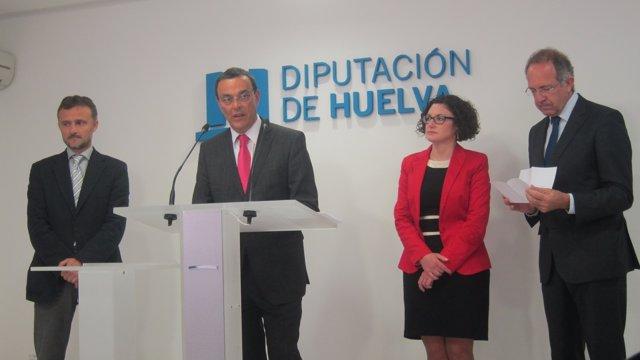 El presidente de la Diputación de Huelva, Ignacio Caraballo, presenta la BBT.