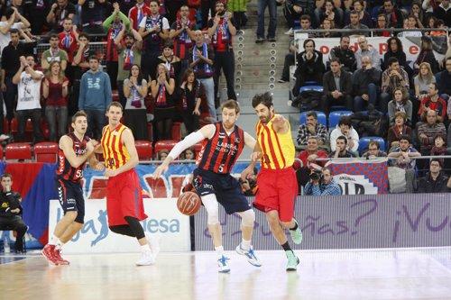 Laboral Kutxa supera al FC Barcelona