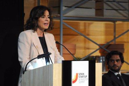 """Botella alerta de """"atomización"""" y """"posturas radicales"""" en el Parlamento y llama a """"reconexionar con los ciudadanos"""