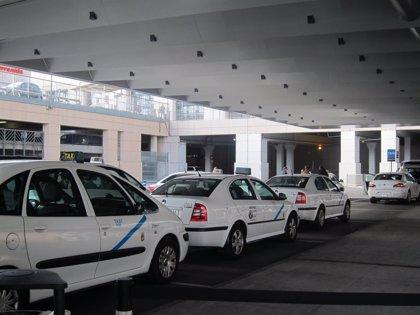 Los taxistas de la capital aceptan el área de prestación conjunta y exigen la reciprocidad modulada
