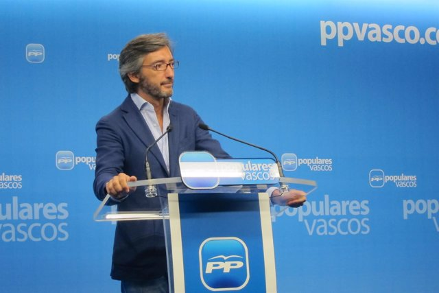 El parlamentario del PP vasco Iñaki Oyarzábal