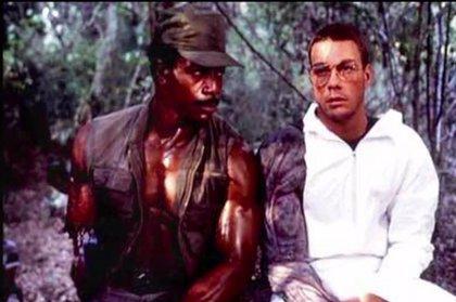 Vídeo  Jean-Claude Van Damme ridiculizado dentro del traje de Depredador