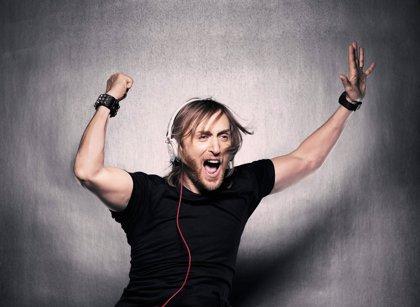 David Guetta lidera un ataque zombie