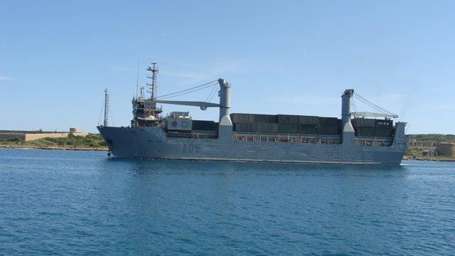 El buque de transporte militar 'El camino español'