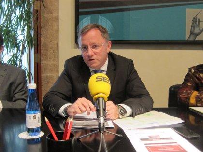 La Generalitat cierra 2013 con unas pérdidas de 3.400 millones y reduce el gasto en 1.383 millones