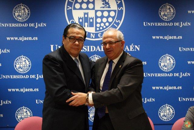 Firma de convenio entre la Universidad de Jaén (UJA) y el Poder Judicial de Perú