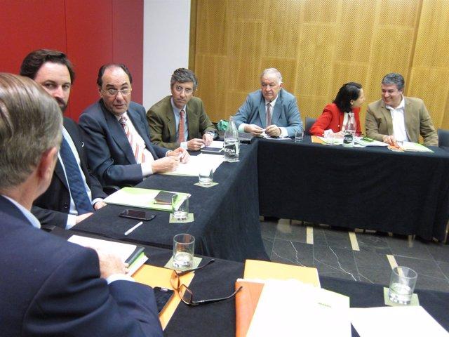 El Comité Ejecutivo de Vox se ha reunido en Zaragoza para aprobar las listas