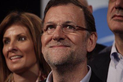 Rajoy llama al PP a la movilización pueblo por pueblo en esta campaña