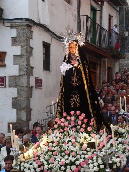La Procesión de la Soledad será el referente de los pasos de Laredo, que comienzan a desfilar hoy