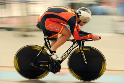 Alfonso Cabello, oro y récord del mundo en el Mundial de Ciclismo en Pista