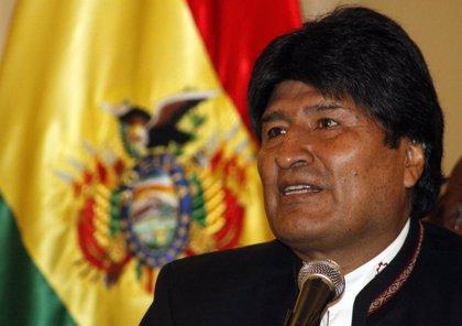 Morales viaja a La Haya para presentar ante la CIJ