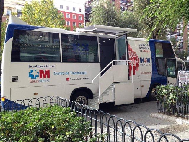 El autobus de la Unidad de Donación de Sangre de HM Hospitales en HM