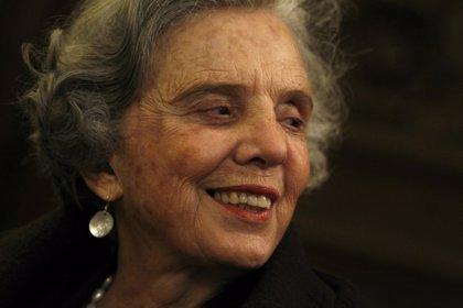 La Semana de las Letras de la Complutense homenajeará a Elena Poniatowska, Martín de Riquer y Julio Cortazar