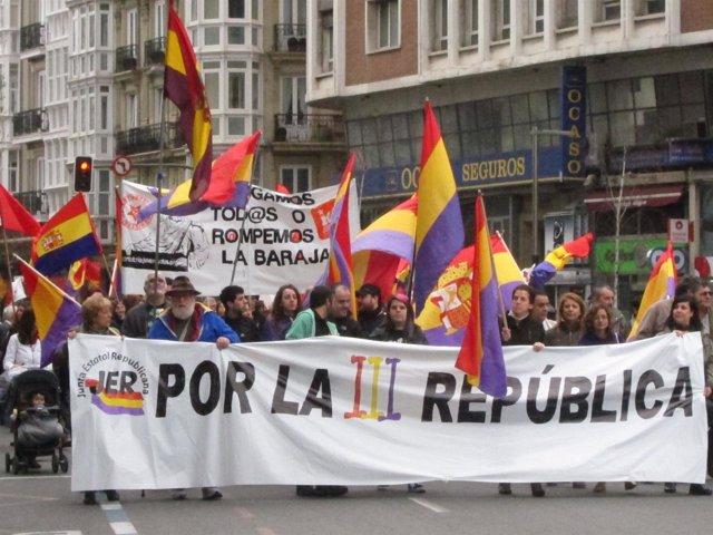 Manifestación por la III República