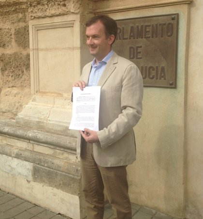 UPyD pide en el Parlamento que Díaz, Valderas y Cortés comparezcan en una comisión de investigación sobre los realojos