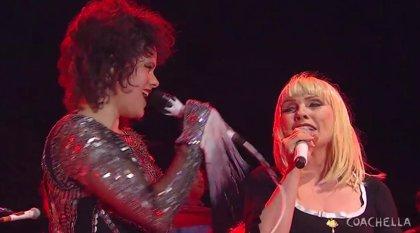 Arcade Fire y Blondie interpretan juntos 'Heart of Glass'