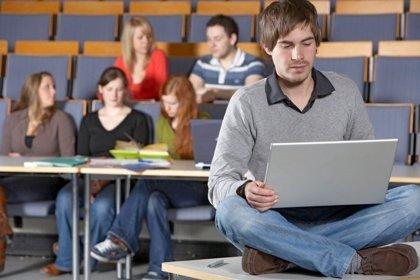 La Generalitat Valenciana avalará préstamos a bajo interés para cursar grados y másteres