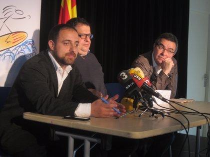 "Críticos del PSC acusan a Navarro de ""sectarismo"""