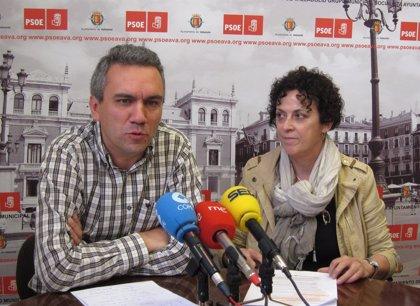 El PSOE de Valladolid asegura que el número de horas de ayuda a domicilio municipal ha caído un 15% en tres años