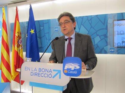 """PP catalán exige a Mas rectificar su """"delirio personal y político"""" y dialogar con el Estado"""
