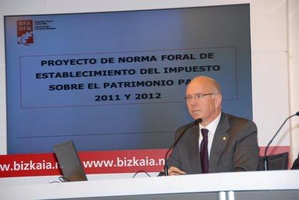 """Diputación de Vizcaya acusa a Almunia de no haber """"colaborado nada"""" en el conflicto de las 'vacaciones fiscales'"""
