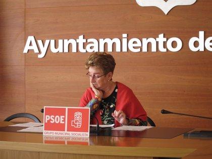 """El PSOE critica que el Gobierno local dejó de gastar 1,36 millones en 2013 en servicios sociales """"cuando hace más falta"""""""