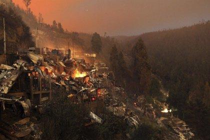 Chile pide ayuda a Argentina para combatir el incendio en Valparaíso