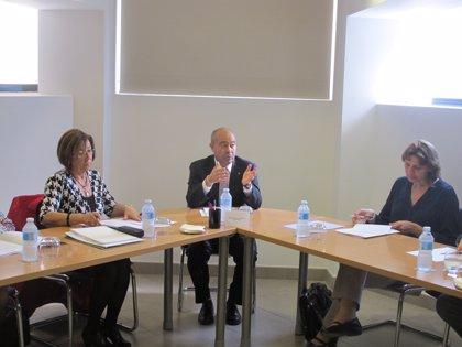 Gómez asiste a la primera reunión de la Comisión Asesora que desarrollará el derecho civil de Baleares