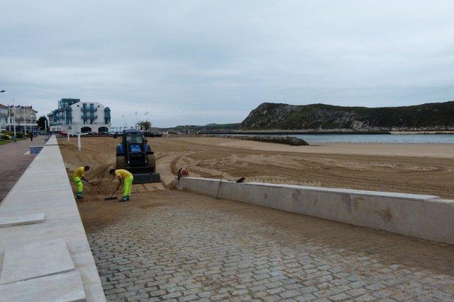 Limpieza de playas en Suances
