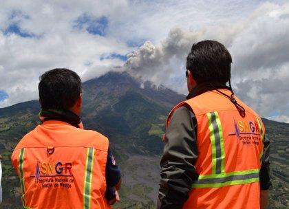 Preparan eventual evacuación tras fuerte explosión del Tungurahua