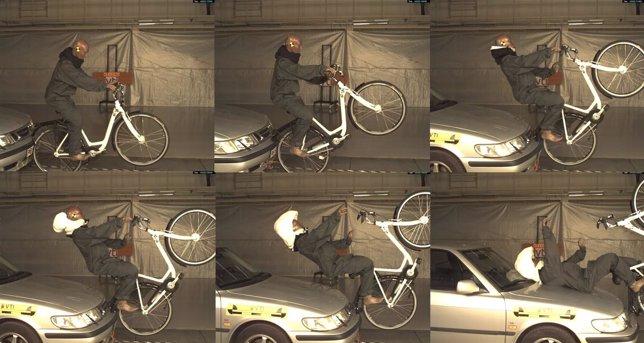Montaje de imágenes de recreación accidente con el nuevo caswco invisible