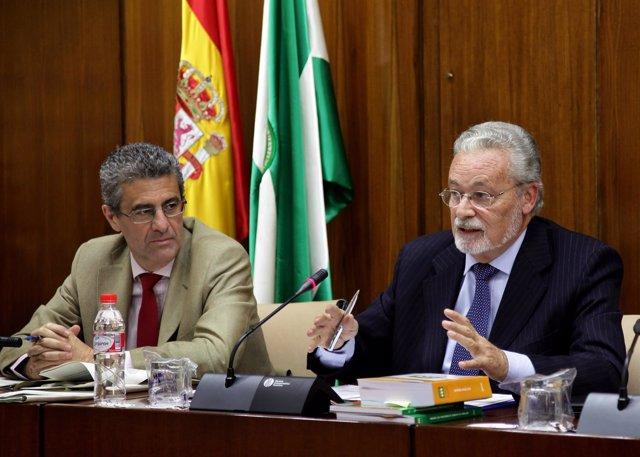 Jesús Maeztu presenta en comisión el informe del Defensor del Menor