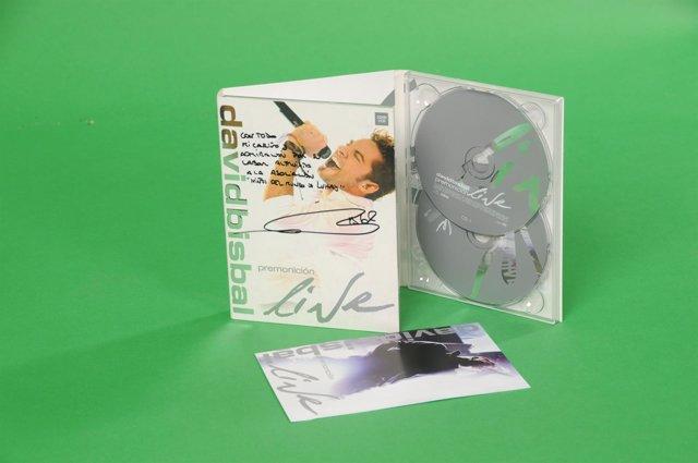 Disco dedicado por David Bisbal para apoyar a Luhay