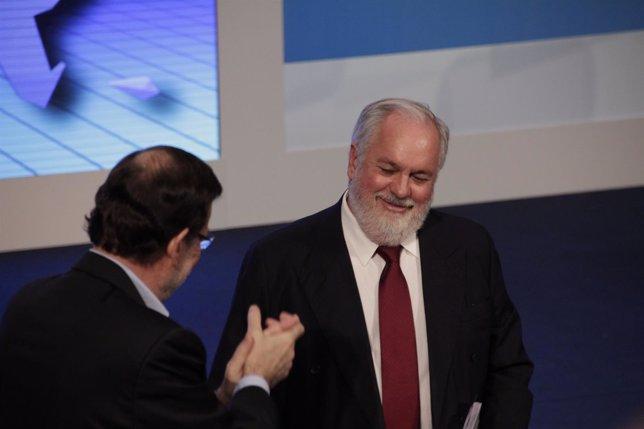 Rajoy aplaude a Cañete