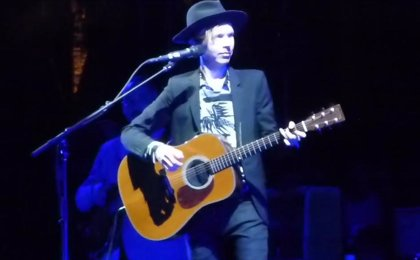 Beck versiona a Arcade Fire