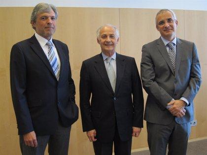 Bayer lanza en España una terapia para la degeneración macular con menos visitas e inyecciones