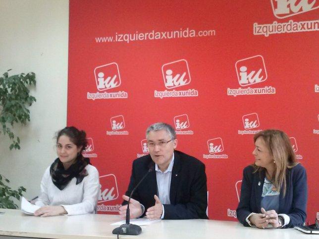 Lara Hernández, Manuel Orviz y Ángela Vallina