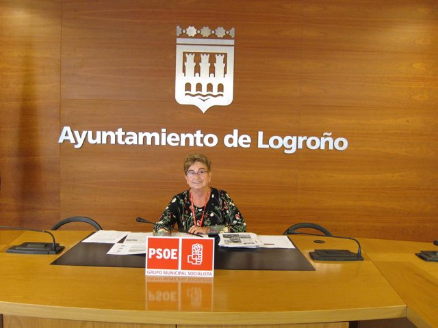 La concejala del PSOE, Pilar Criado, pide Bono Social de Transporte