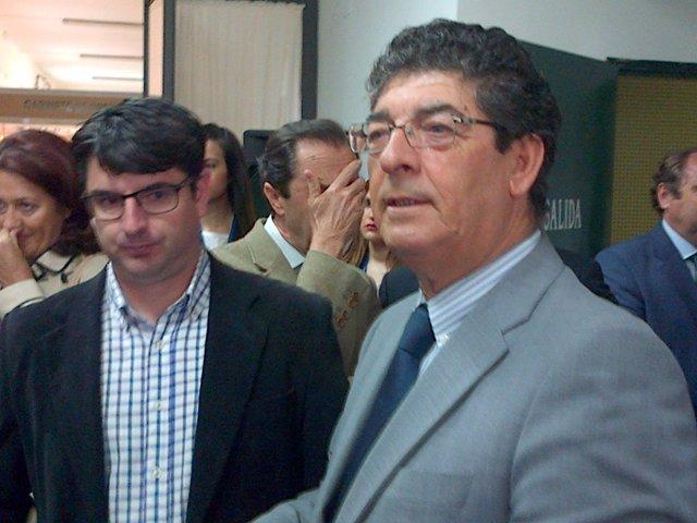 Valderas (dcha.) junto a Pedro García