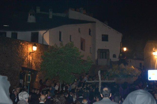 Procesión Del Cristo Del Amparo En Cáceres