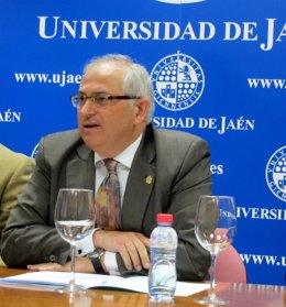 El rector de la Universidad de Jaén (UJA), Manuel Parras.