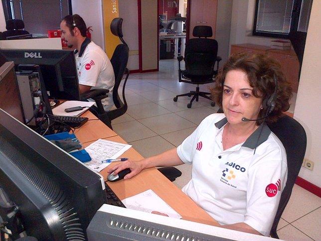 Médico coordinador del SUC en sala operativa