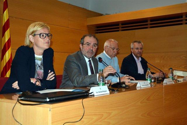 El líder de la Diputación de Lleida,Joan Reñé, en un acto del Banco de Alimentos