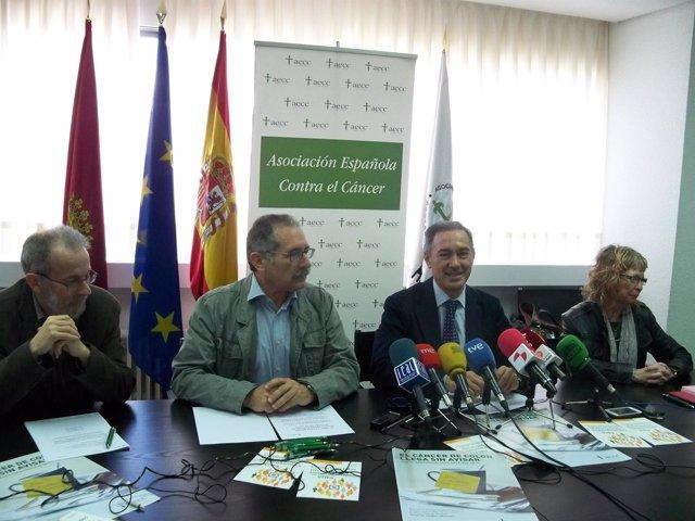Javier G. Gallego (izq), Estanislao Calabuig; Serafín de Abajo y Sara Márquez