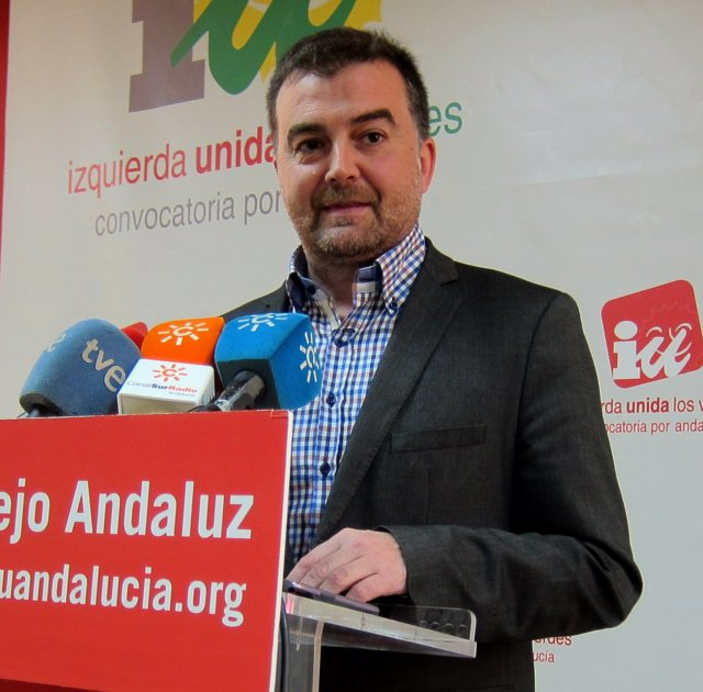 Coordinador general de IULV-CA, Antonio Maíllo