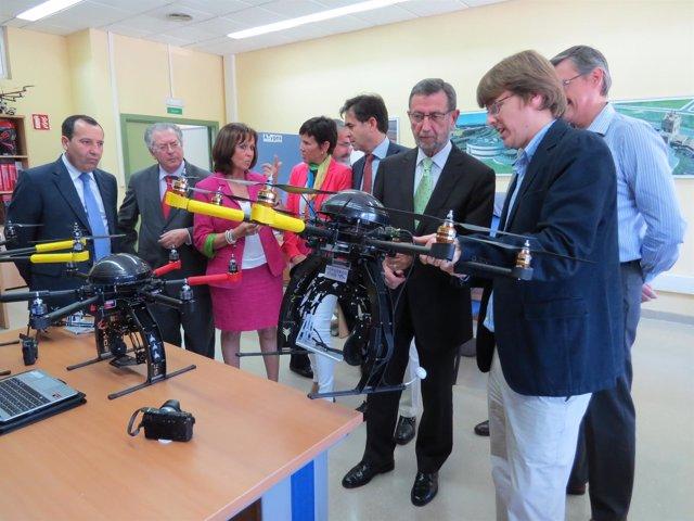 Manuel Gracia visita las instalaciones del PTA