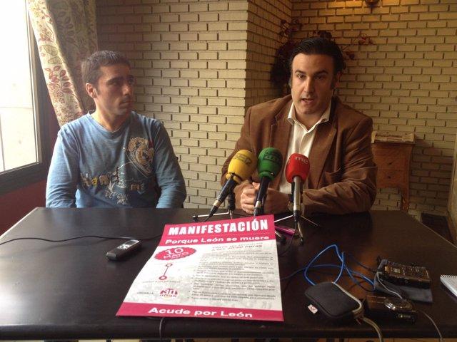 Alfredo Arias (Izq) Y Carlos Mellado, Integrantes De '30  Años Sin'