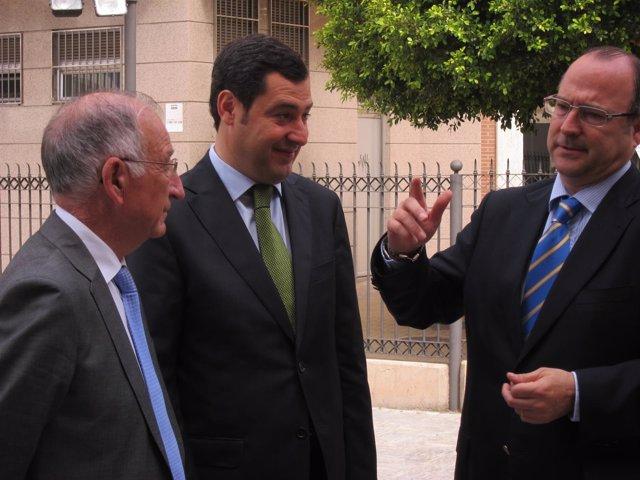 Moreno dialoga con Gabriel Amat y Luis Rogelio Rodríguez-Comendador